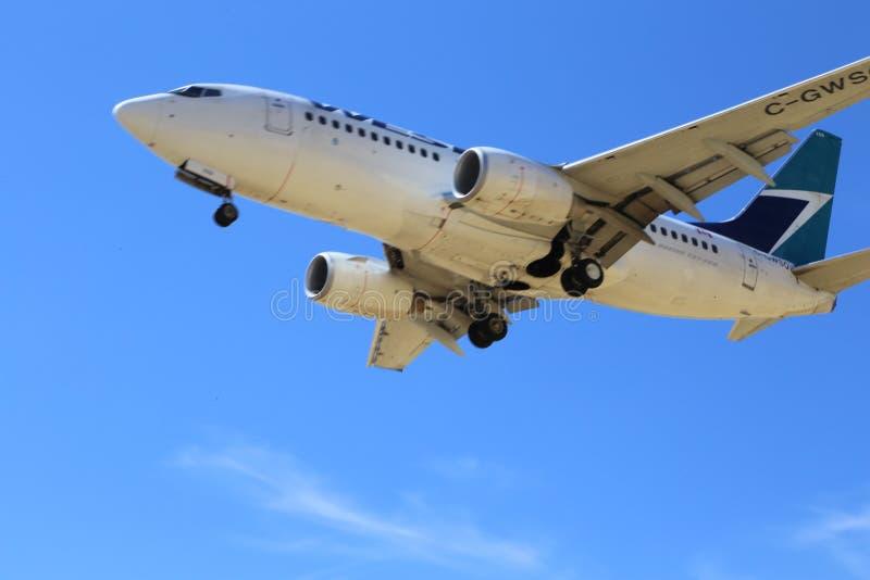 O jato ocidental aterra em cada aeroporto em Canadá fotos de stock royalty free