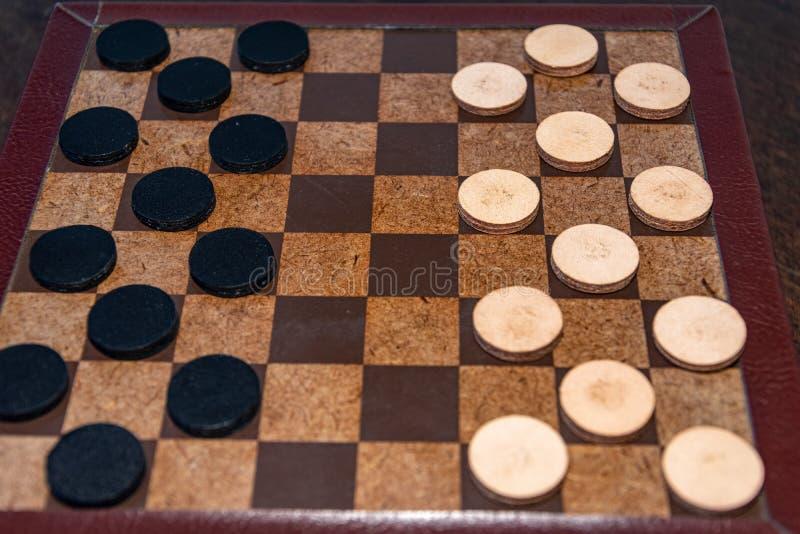 O jogo de mesa chamou senhoras, muito divertimento imagens de stock royalty free
