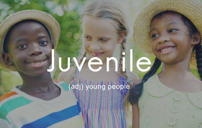 O juvenil caçoa o conceito dos jovens das crianças da juventude fotos de stock