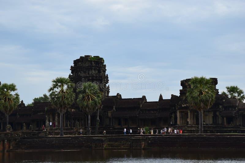 O Khmer da arquitetura de Angkor arruina a história imagens de stock