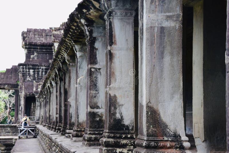 O Khmer da arquitetura de Angkor arruina a história imagens de stock royalty free