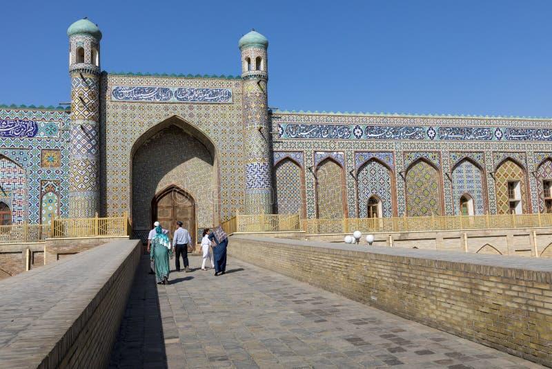 O Khudayar Khan Palace é os marcos os mais populares de Fergan foto de stock royalty free