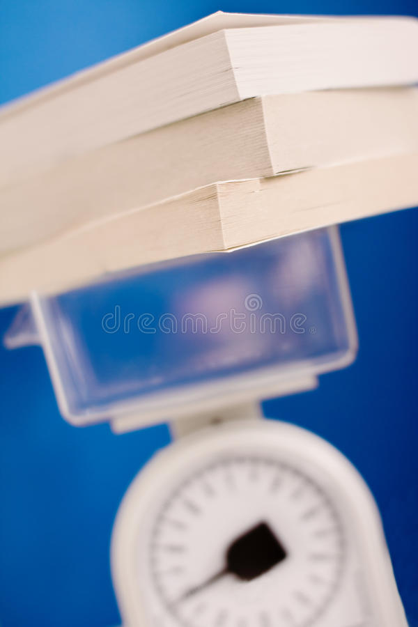 O 'knowhow' de medição, balanço mede a pilha do crescimento imagens de stock royalty free