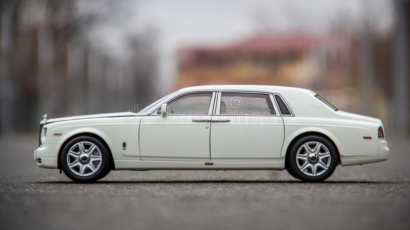 O 1:18 Kyosho de Rolls Royce Phantom fundiu o modelo imagem de stock
