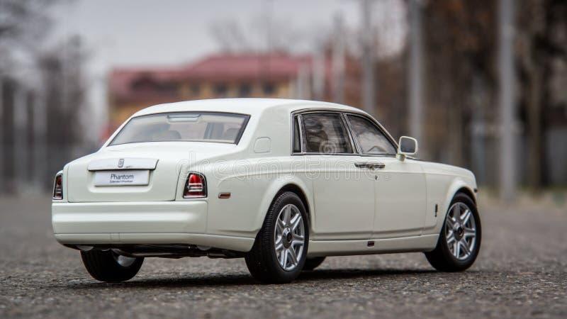 O 1:18 Kyosho de Rolls Royce Phantom fundiu o modelo imagens de stock