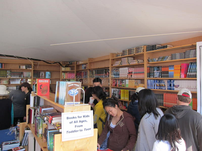 O LA cronometra o festival dos livros 12 fotografia de stock