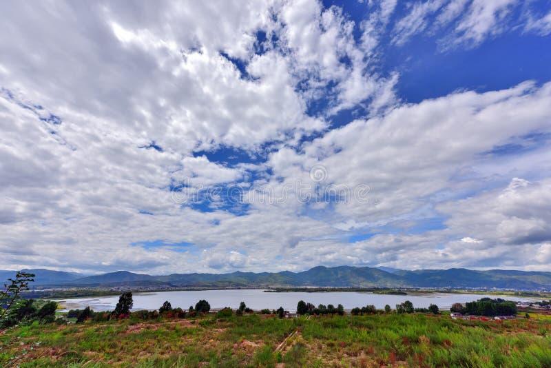 O lago Cibi no condado eryuan de yunnan Dali imagens de stock royalty free