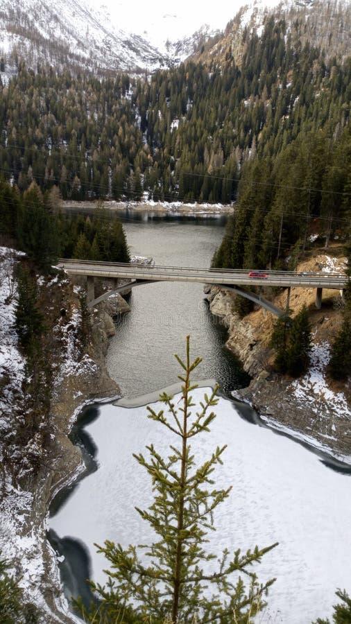 O lago congelado fotografia de stock royalty free