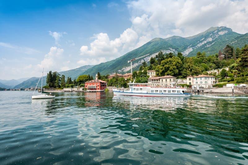 O lago o mais bonito no mundo Lago Como Lombardy, Italy foto de stock