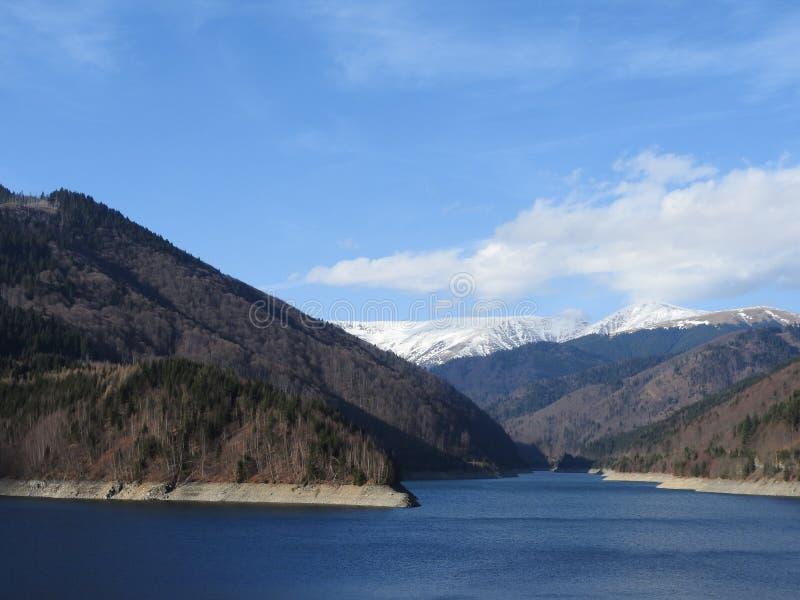 O lago mountain imagem de stock