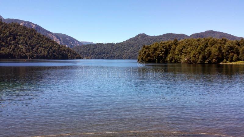 O lago Pirihueico no porto Fuy - Chile fotos de stock royalty free