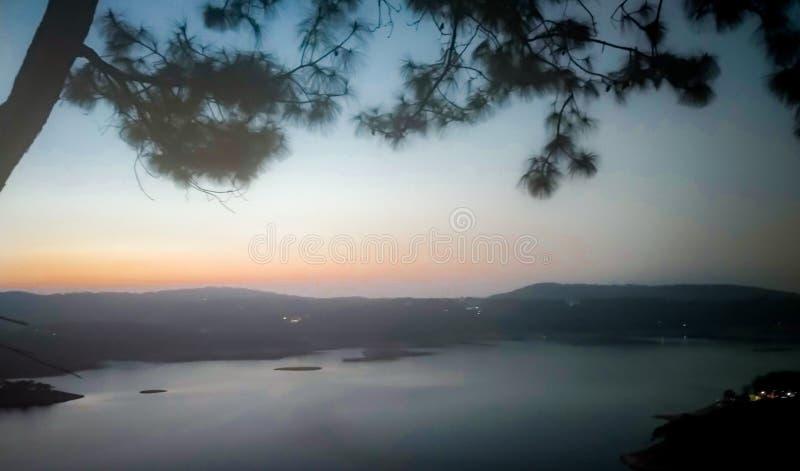 O lago Trippy winter foto de stock royalty free