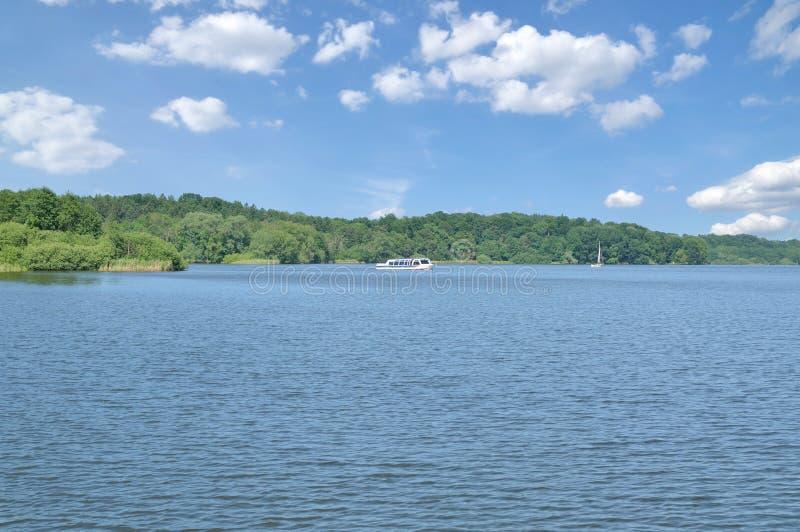 O lago um Eutiner mais bruto vê, Suíça do Holstein, Alemanha fotos de stock