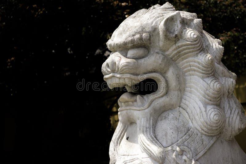 O leão chinês fotografia de stock royalty free