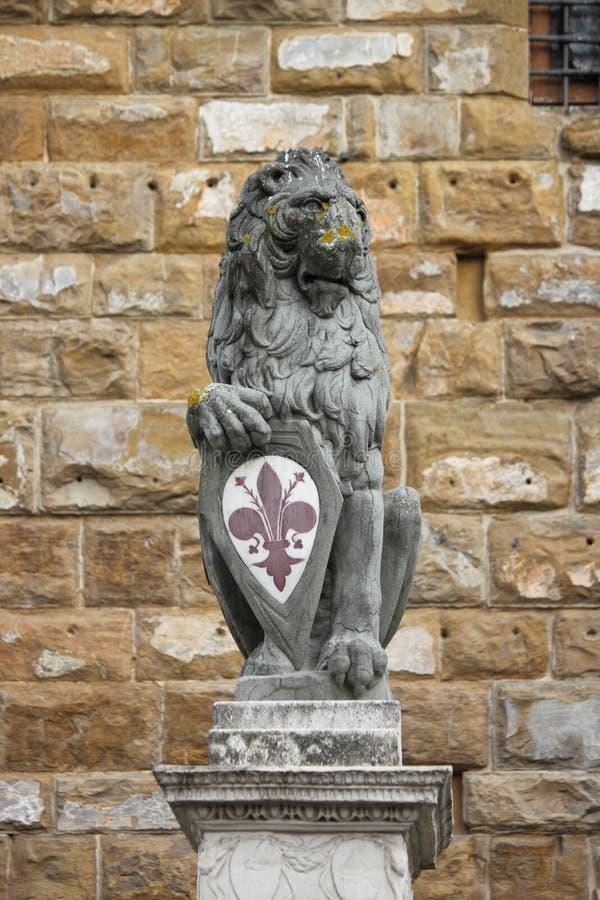 O leão florentino foto de stock