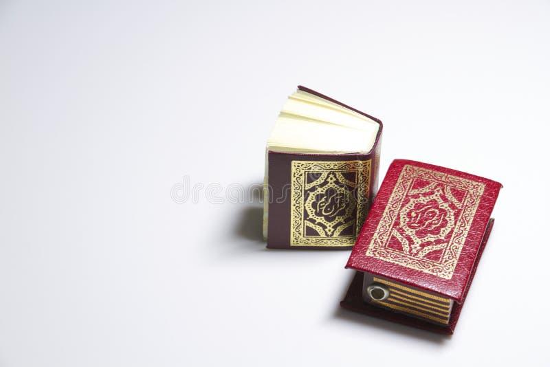 O livro do Alcorão imagem de stock