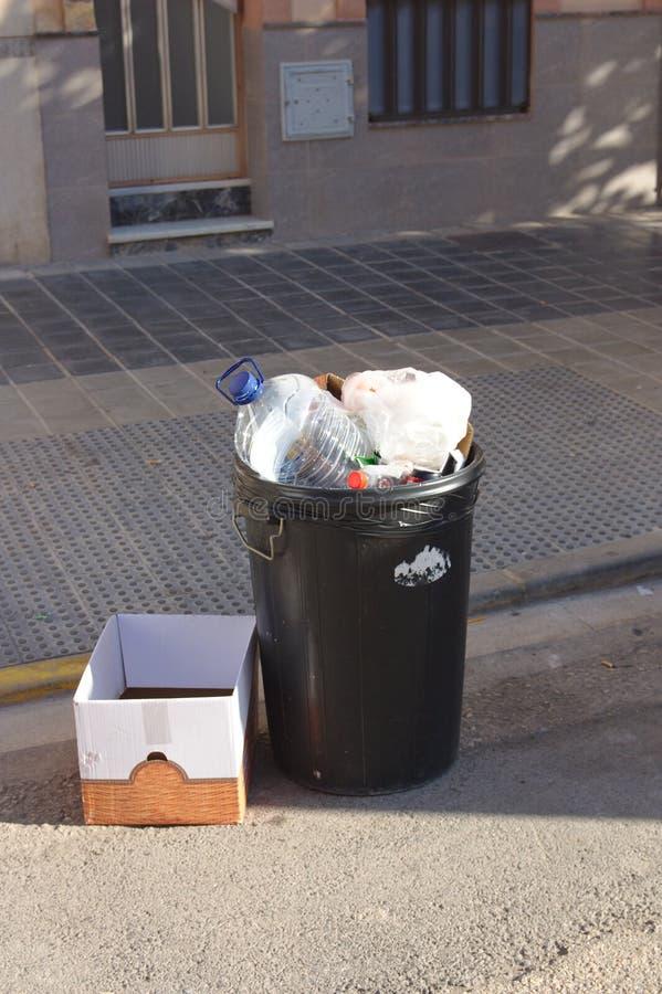 O lixo gerou em um partido fotografia de stock