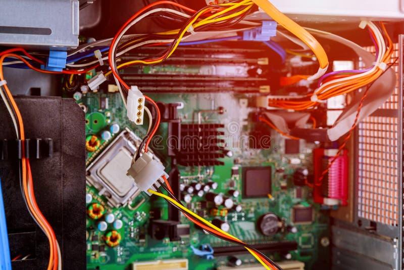 O local de trabalho do reparo dos computadores de computadores da eletrônica do serviço imagens de stock royalty free