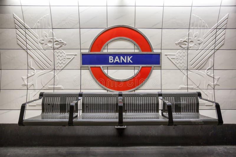 Estação subterrânea Londres do banco fotos de stock