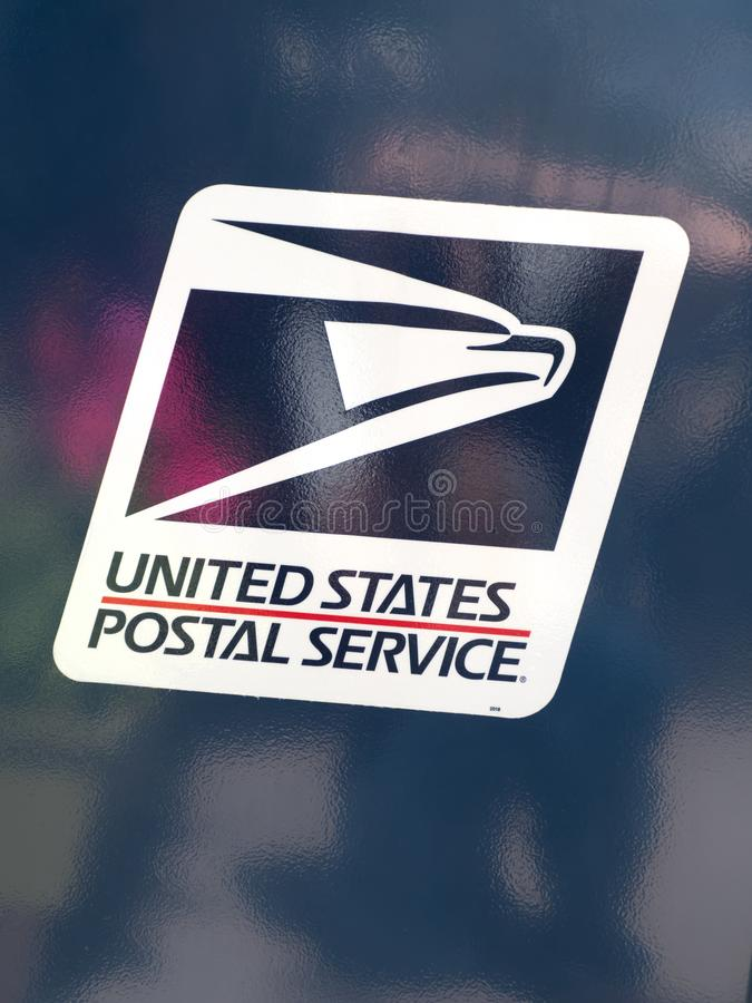 O logotipo do serviço postal do Estados Unidos fotografia de stock