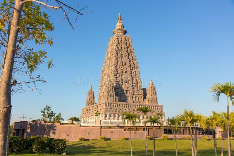O lugar da réplica onde Gautam Buddha alcançou a iluminação foto de stock