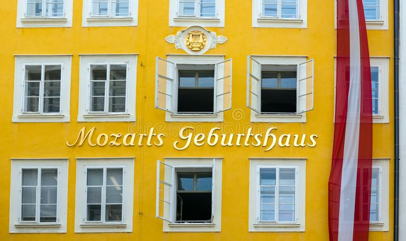 O lugar de nascimento de Wolfgang Amadeus Mozart imagem de stock royalty free