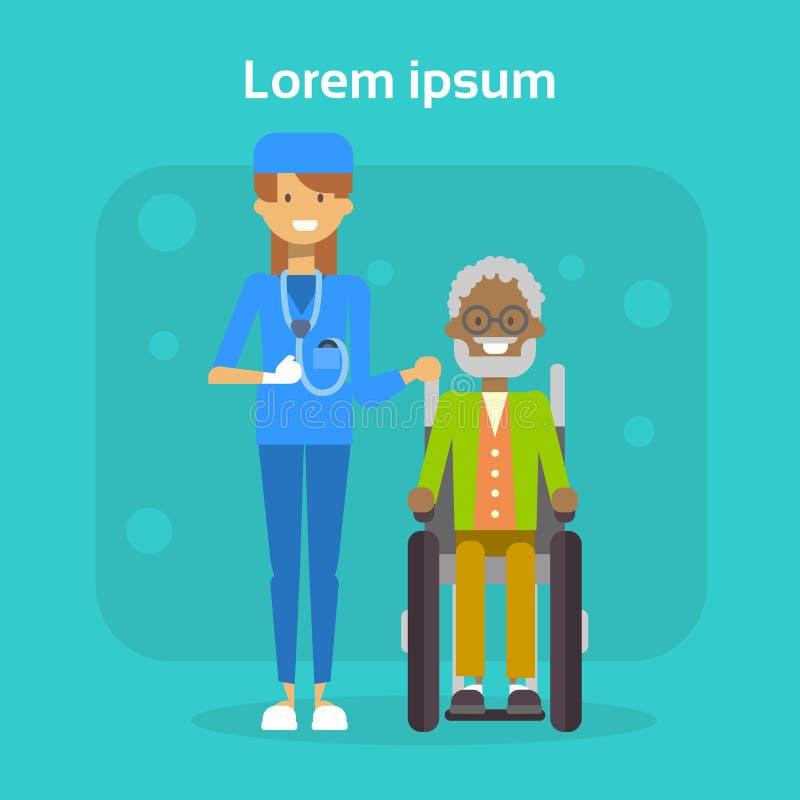 O médico With Senior Man no homem velho afro-americano feliz da cadeira de roda desabilitou Sit On Wheelchair de sorriso ilustração royalty free