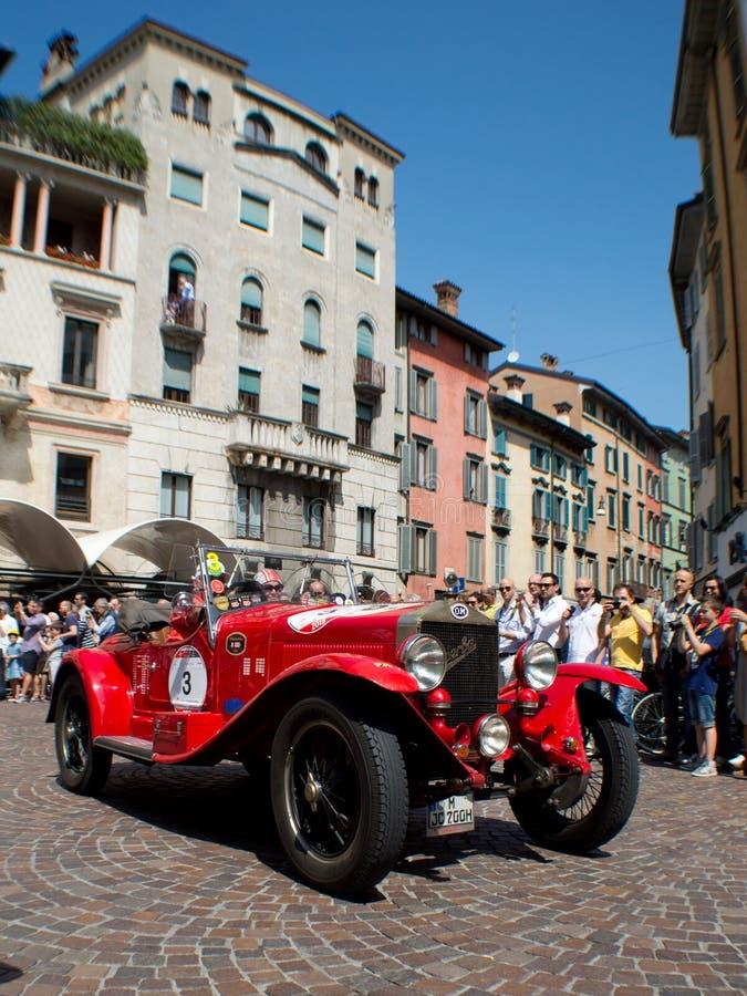 O M. 665 sport Superba 2000 a Mille Miglia 2015 fotografia stock libera da diritti