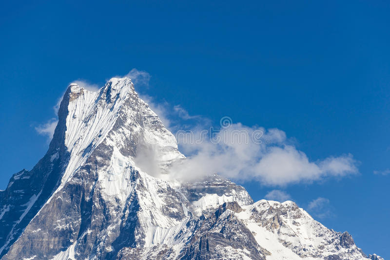 O Machapuchare em Nepal fotos de stock
