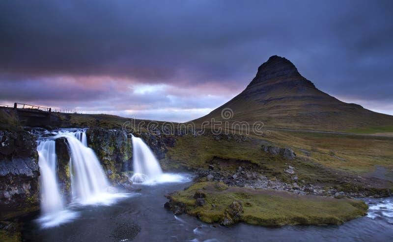 O magnífico de Kirkjufell, Islândia fotografia de stock