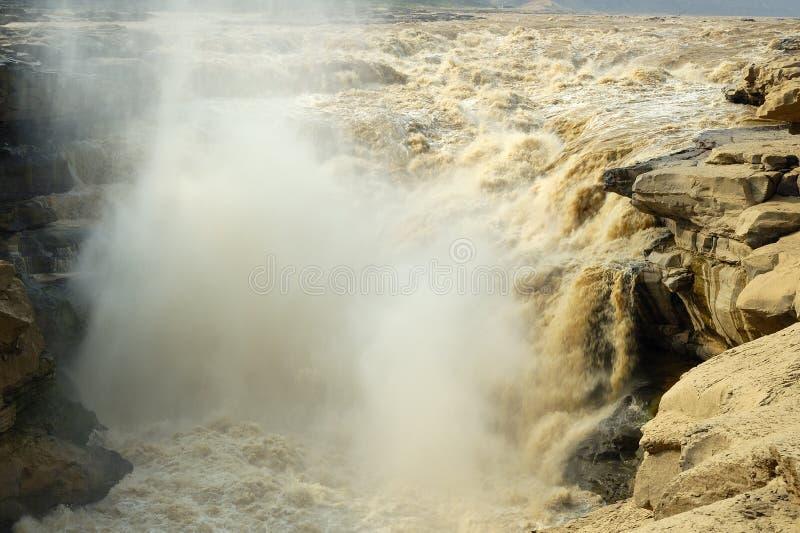 O magnificence da cachoeira do hukou do rio amarelo imagens de stock royalty free