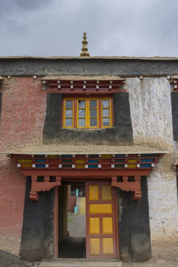 O mais alto mosteiro Komic, Spiti Valley, Himachal Pradesh, Índia imagens de stock