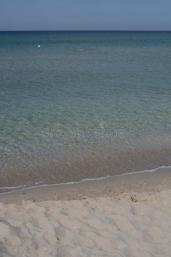 O mar acena na areia fotografia de stock royalty free