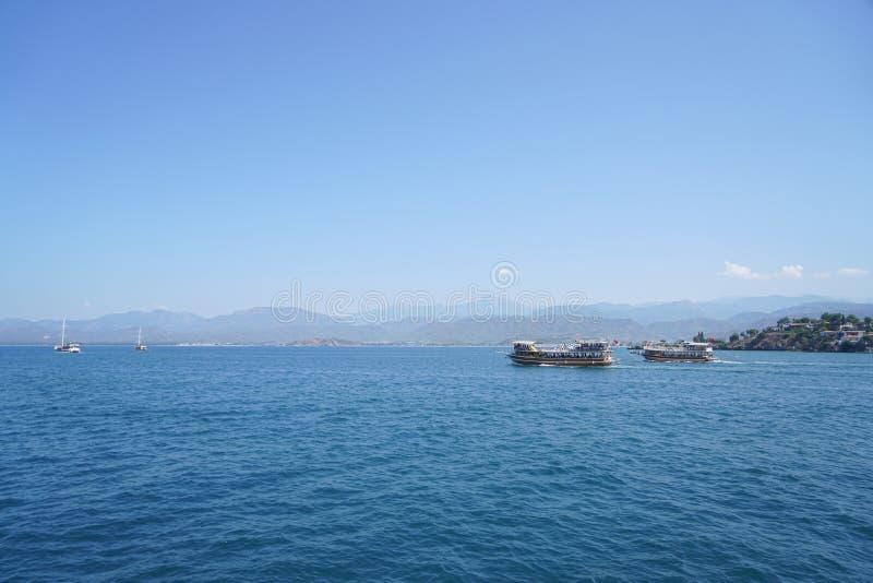O mar azul yachts, late de Fethiye, Mugla, Turke imagens de stock