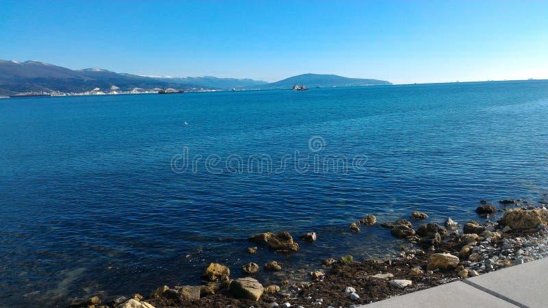 O Mar Negro no Novorossiysk imagens de stock