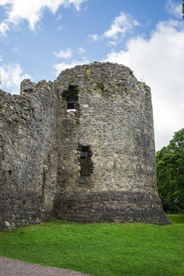 Download Meio Antigo Torre Envelhecida Imagem de Stock - Imagem de velho, lugar: 29832447