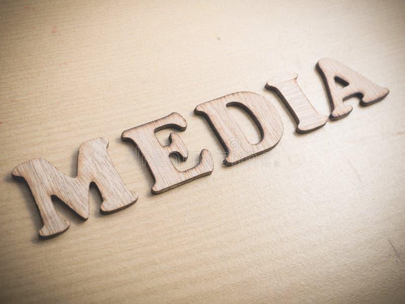 O meio, meios sociais do Internet inspirador exprime o conceito das citações imagens de stock royalty free