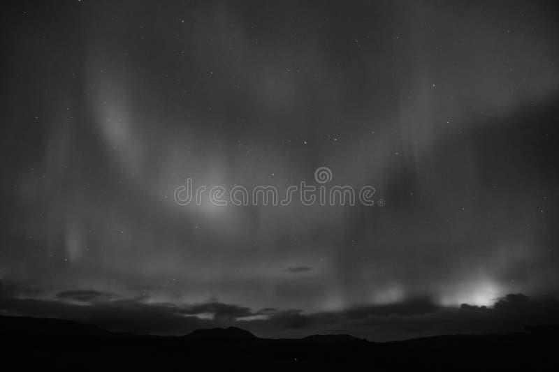 O melhor lugar considera o aurora borealis Milagre da natureza Céu da obscuridade da Aurora Fenômenos surpreendentes da natureza  imagens de stock