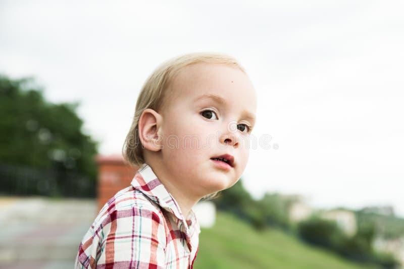 O menino da criança fotos de stock