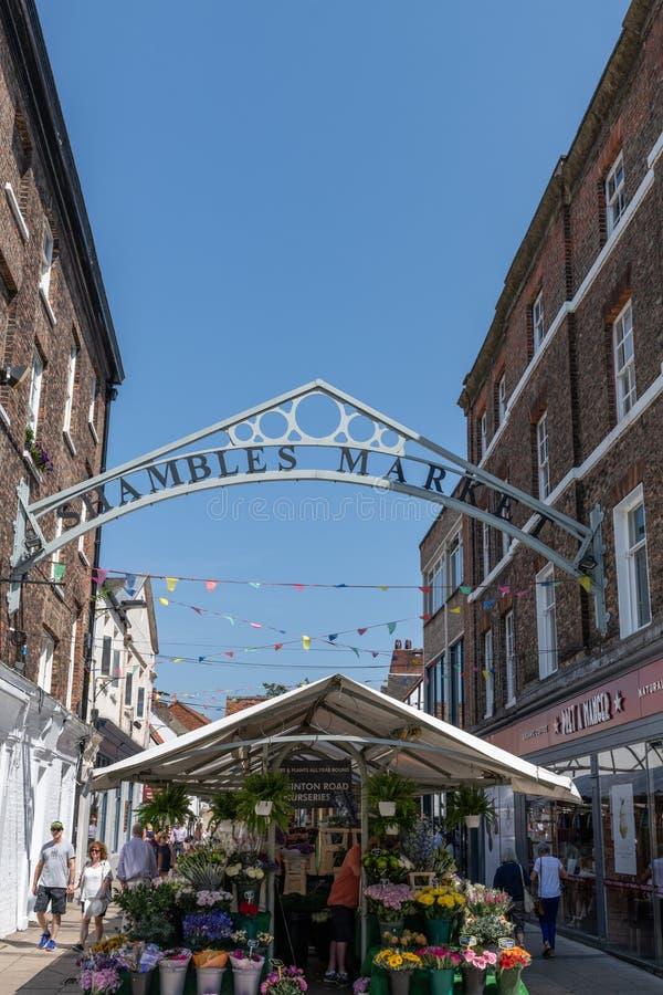 O mercado da balbúrdia em York, Inglaterra, Reino Unido imagem de stock