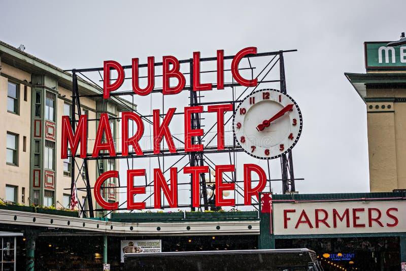O mercado do pique do lugar de Pike assina dentro seattle Washington fotografia de stock