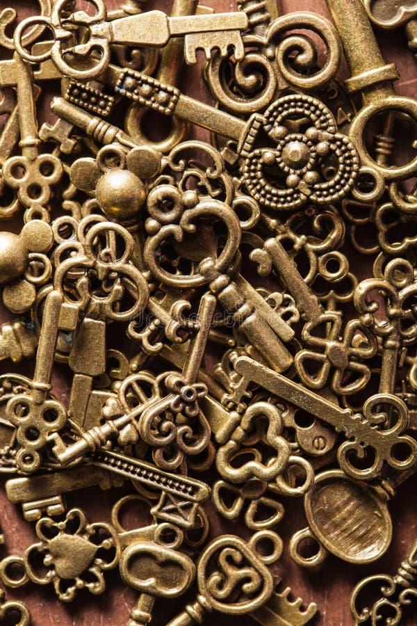 O metal velho do vintage de Steampunk fecha o fundo imagens de stock royalty free