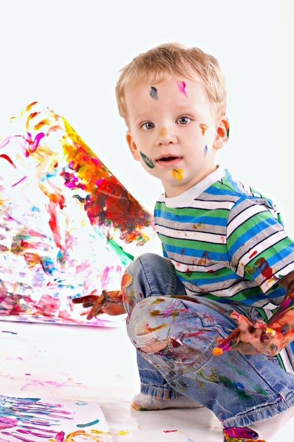 O miúdo feliz é retrato do desenho imagem de stock royalty free