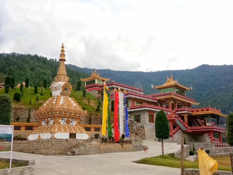 O monastério budista famoso no dirang em Arunachal Pradesh foto de stock royalty free