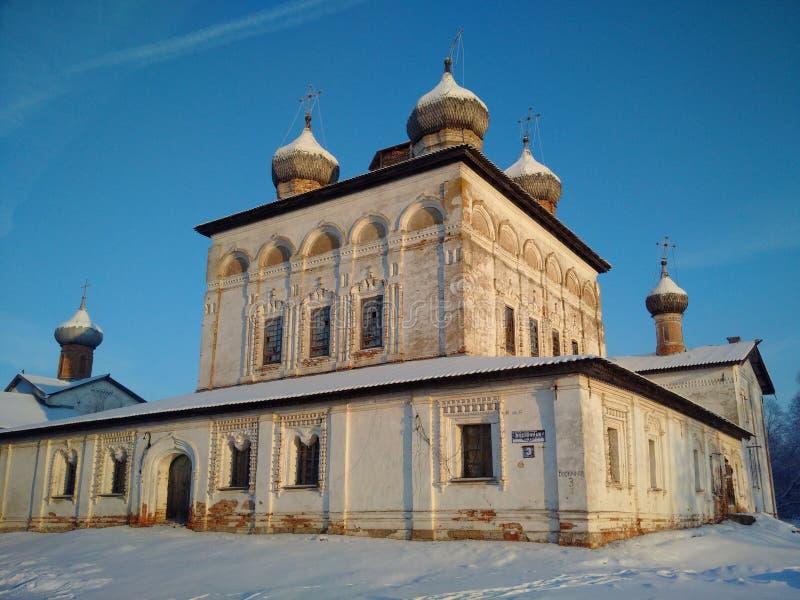 O monastério ortodoxo abandonado foto de stock