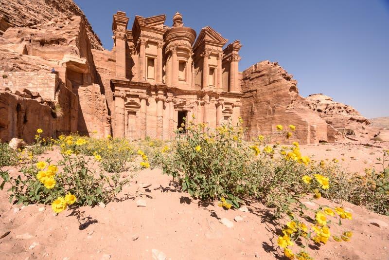 O monastério, PETRA fotografia de stock