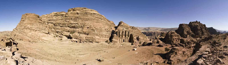 O monastério, PETRA, Jordão foto de stock