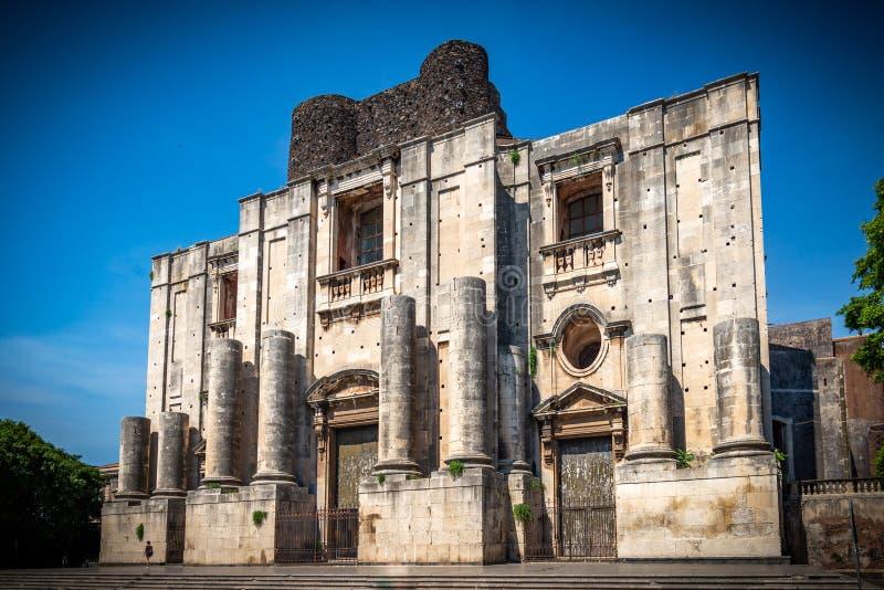 O monast?rio do licor beneditino, Catania imagens de stock royalty free