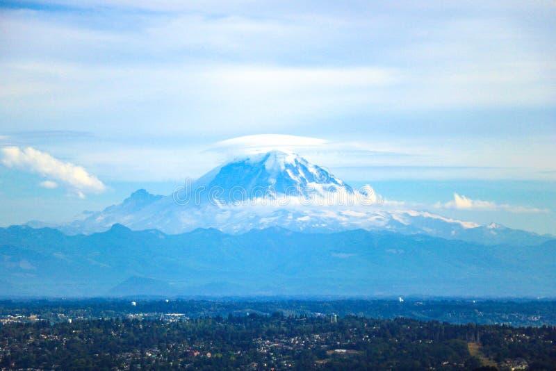 O Monte Rainier - montagem Rainier National Park, EUA fotografia de stock royalty free