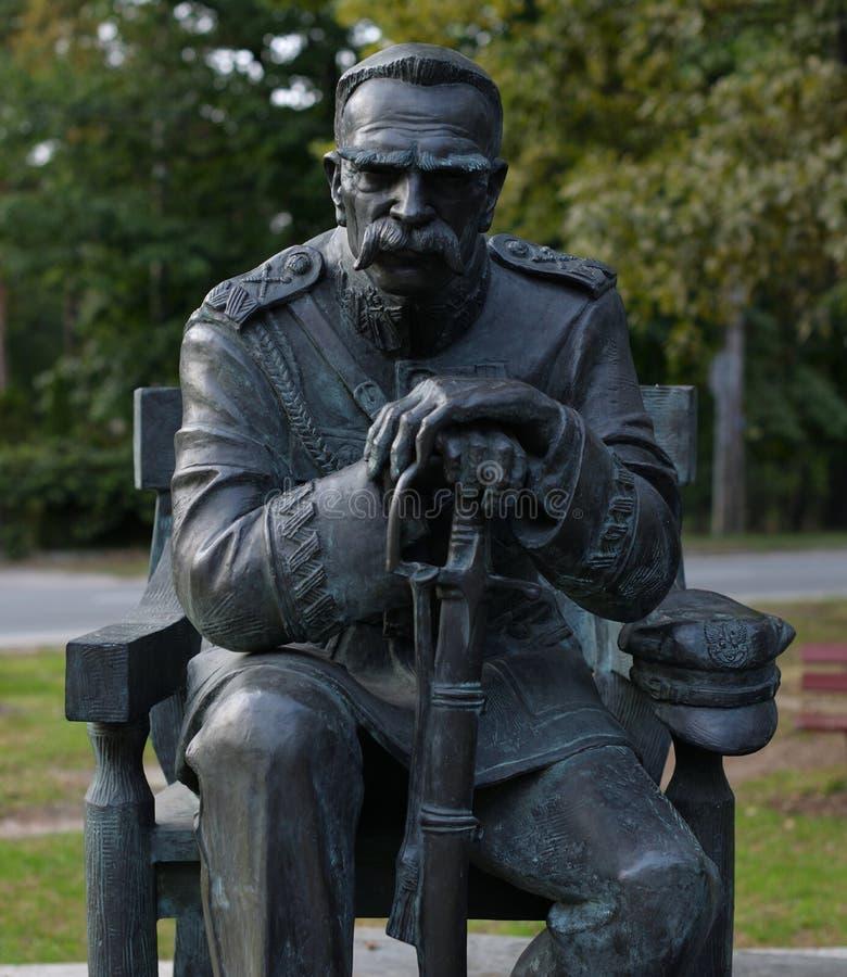 O monumento de Jozef Pilsudski foi ficado situado em Sulejowek perto de Varsóvia A imagem de stock royalty free